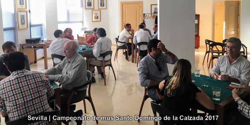 Intensa tarde de estrategias en el Torneo de Mus de Sevilla