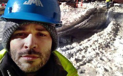 LA VOZ DE GALICIA. «Solo cuando las temperaturas bajan hasta 20 bajo cero paramos el trabajo»