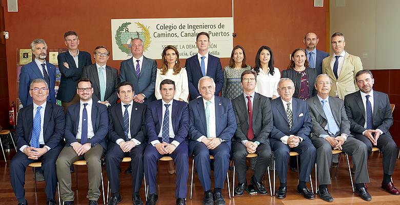 Toma posesión la nueva Junta Rectora de la legislatura 2018-2022 con Luis Moral de Decano
