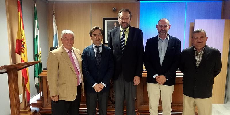 Se acercan los pormenores de la Nueva Ley de Contratos a los colegiados de Huelva