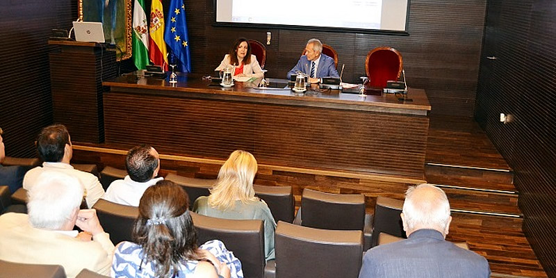Presentes en el último acto de Catalina Madueño como Secretaria General de Vivienda de la Junta