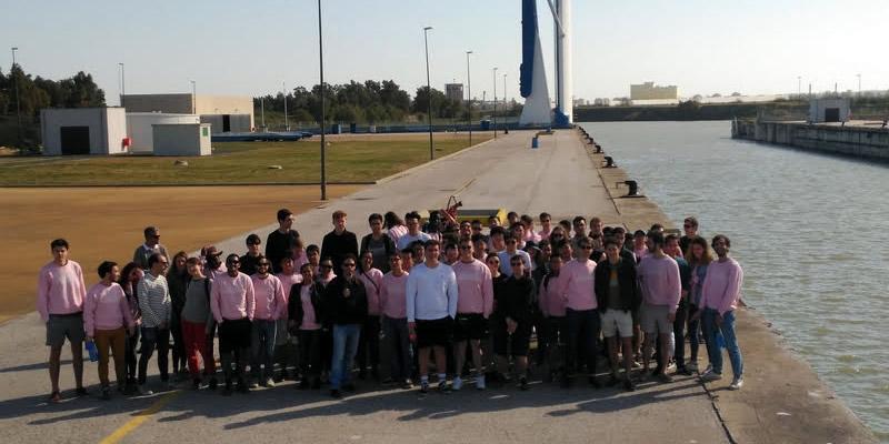 Un paseo por infraestructuras emblemáticas de Sevilla y Cádiz para 72 estudiantes de Ingeniería Civil de Londres