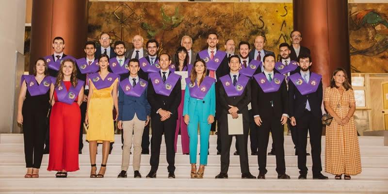 El Decano participa en la entrega de diplomas a los nuevos egresados de la ETSI de Sevilla