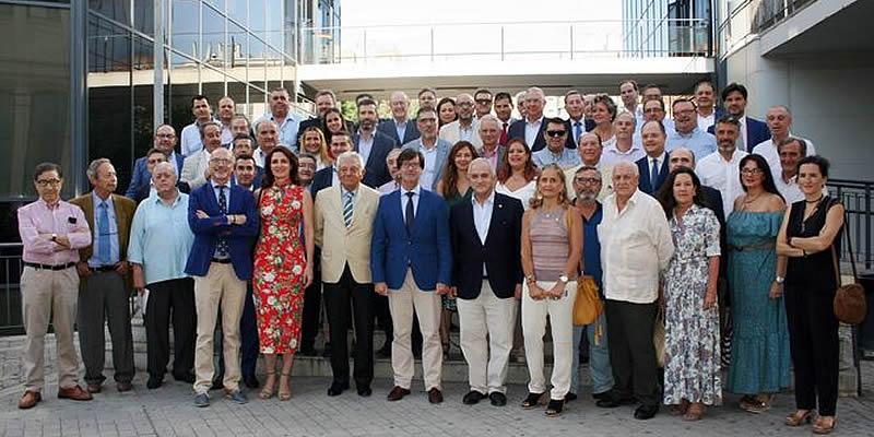 La plataforma «Sevilla Ya» aúna a 70 instituciones para conseguir inversiones como el metro o la SE-40