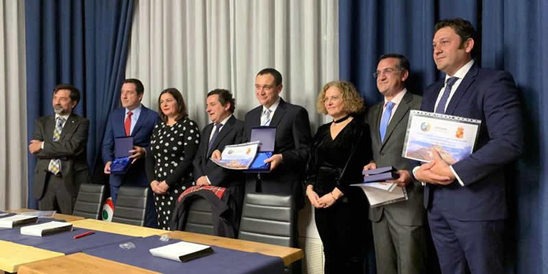 Los Hermanos Gómez Vargas nombrados «Embajadores del Colegio en Jaén»