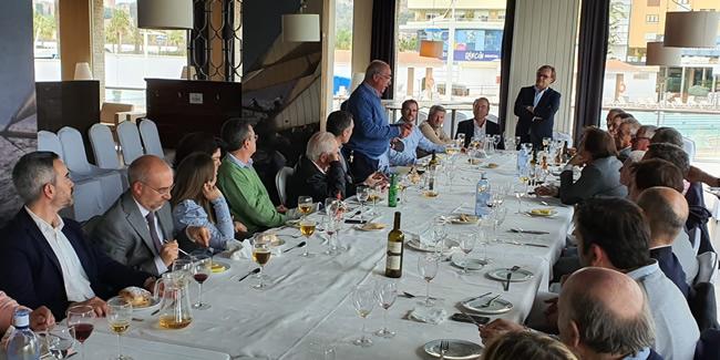 Los ingenieros de Málaga dan la bienvenida en una comida colegial a Pablo Otaola Ubieta, nuevo Director General de Infraestructuras del Ayuntamiento de Málaga