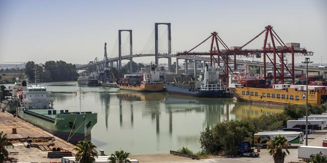 Forjando la unión de la Demarcación y el Puerto de Sevilla