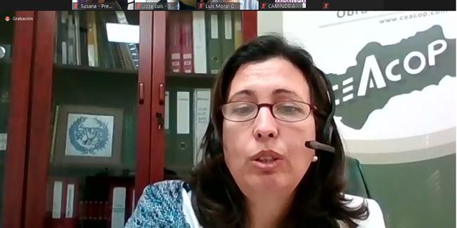Ana Chocano describe a los alumnos de la ETSI de Sevilla el panorama laboral de la ingeniería